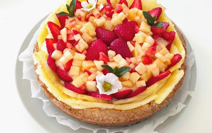 crostata ananas e fragole